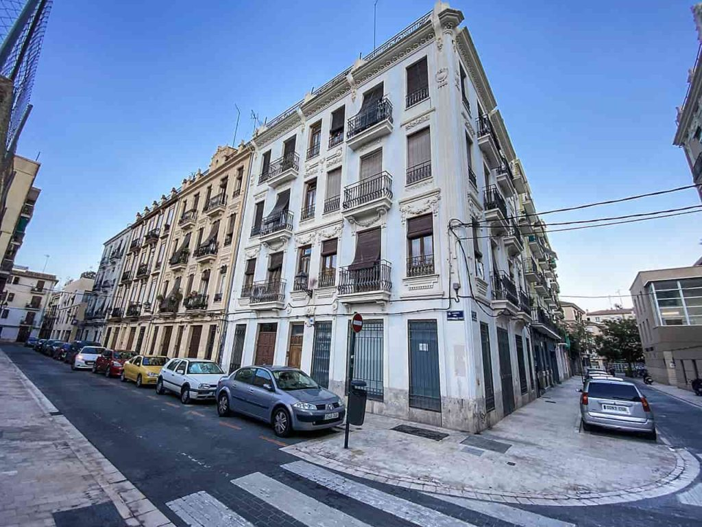 property for sale in valencia city Spain is a very good investment in this turbulant times